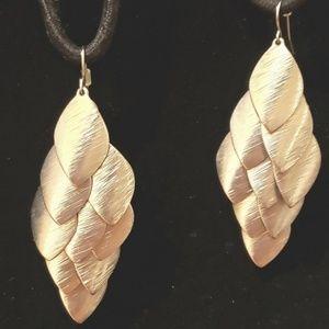 Jewelry - 🔥 Cascading Leaf Petal Earrings